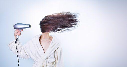 Dbamy o włosy: dobra szczotka to podstawa