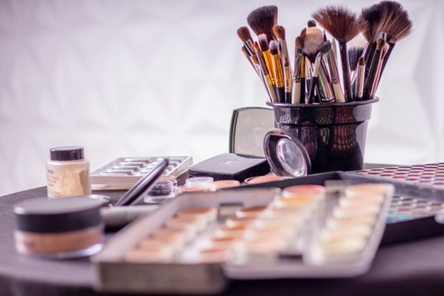 Pędzle do makijażu. Który jest do czego?