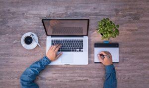 Praca przez Internet – zalety