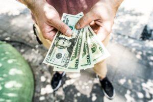 Z jakimi dodatkowymi kosztami należy się liczyć decydując się na leasing na samochód?